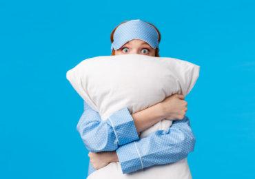 Chirurgie & Sommeil : comment dormir après une abdominoplastie ?
