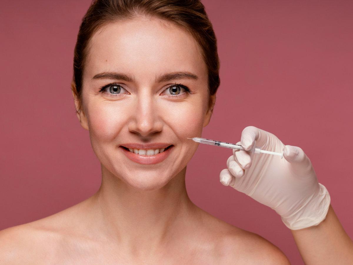 Injections de Botox ou injections d'acide hyaluronique à Nice ?